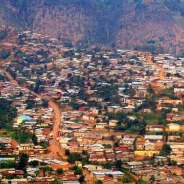 Luister naar de stem van Rwanda