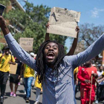 Waarom de studentenprotesten een keerpunt zijn voor Zuid-Afrika