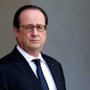6. De clan-Hollande gebruikt de grondwet als poetsdoek