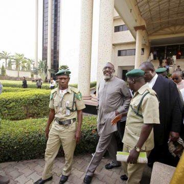 Klokkenluiders verlossen Nigeria niet van corruptie