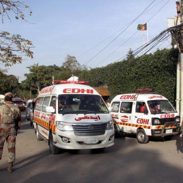 Werken in de vuurlinie: de ambulancechauffeurs van Karachi