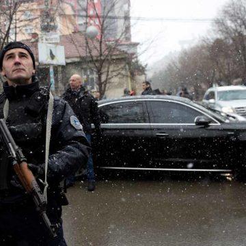 In Kosovo kan ook de EU geen vrede kopen