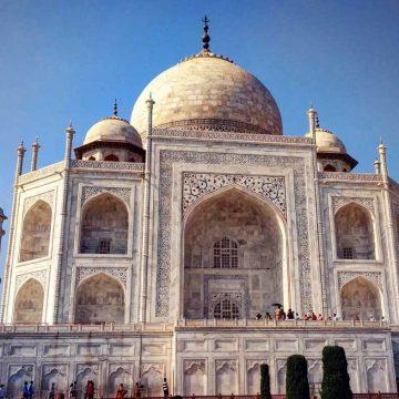 Hoe de Taj Mahal zijn kleur verliest