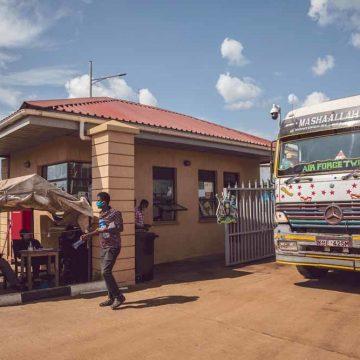 Oost-Afrikaanse truckers durven cabine niet meer uit