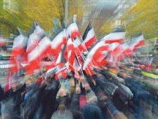 Extreemrechtse politieagenten bereiden zich voor op 'Dag X'
