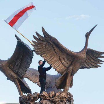 Moskou noch Brussel heeft enig belang bij Loekasjenko