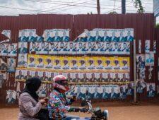 Oeganda blokkeert Facebook aan vooravond van spannende verkiezingsdag