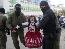 Marteling in Belarus   Kritiek Thais vaccinatiebeleid strafbaar