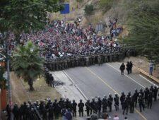 Trump gooit grenzen open   China en WHO berispt   Touadéra herkozen