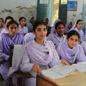 'In Pakistan zijn samenzweringstheorieën gevolg van het onderwijs'