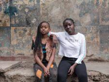 'Hier zijn ze veilig.' Bij deze club kunnen Keniase meisjes terecht nu de scholen dicht zijn