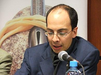 Jorge Luis Volpi Escalante
