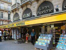 Iconische boekwinkel in Parijs moet sluiten | Opnieuw burgers aangevallen in Niger