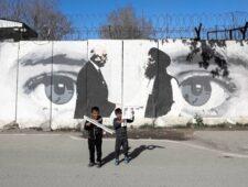 'Twintig jaar later voelt Kaboel opnieuw aan als de hoofdstad van een arm en onrustig land'