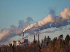 CO2-uitstoot op hoger niveau dan voor corona   Vaccinatiestrategie Duitsland ter discussie