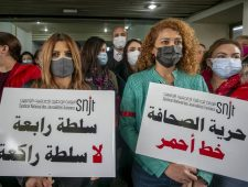 Bedreiging persvrijheid in Tunesië | Idriss Déby krijgt een zesde termijn