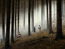Naakt naar de film in Australië | Beppe Grillo onder vuur