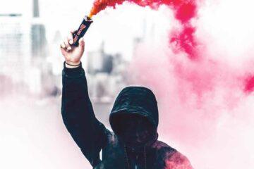 Waarom protesten juist in rijke steden ontstaan