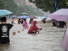 Doden bij overstromingen in Zhengzhou   China richt zich op Afghanistan