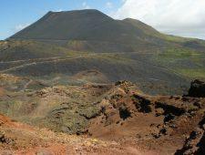 Canarische Eilanden vrezen vulkaanuitbarsting   27 jaar voor kinderpornohost