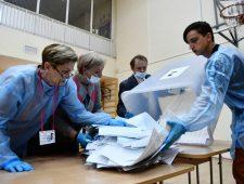Poetins partij wint 'verkiezing zonder keuze' | Evergrande heeft schuld van $300 miljard