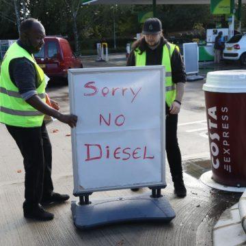VK: Paniek bij benzinestations | Veroordeling R. Kelly: 'belangrijk keerpunt'