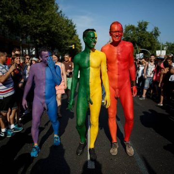 Barcelona bestrijdt machogedrag en lhbti-fobie met centrum voor 'nieuwe mannelijkheid'