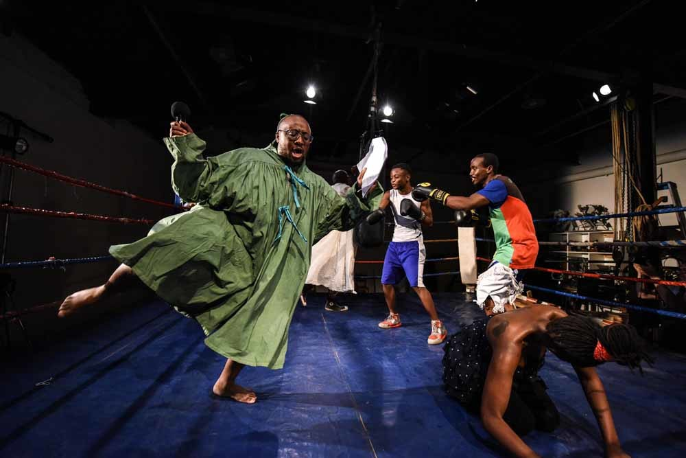 Performance in samenwerking met The Hillbrow Boxing Club – © Stella Olivier