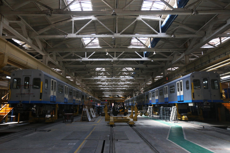 Nieuwe treinstellen van het Russische bedrijf Metrowagonmash in Moskou, dat al ruim 120 jaar metro's levert in o.a. Petersburg, Baku, Tbilisi, Harkov, Praag, Moskou, en Boedapest. – © Wikipedia