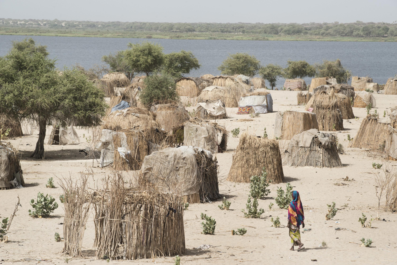 Kulkime, aan het Tsjaad-meer, is een van de dorpen waar slachtoffers van Boko Haram worden opgevangen. – © Michael Zumstein / Agence VU