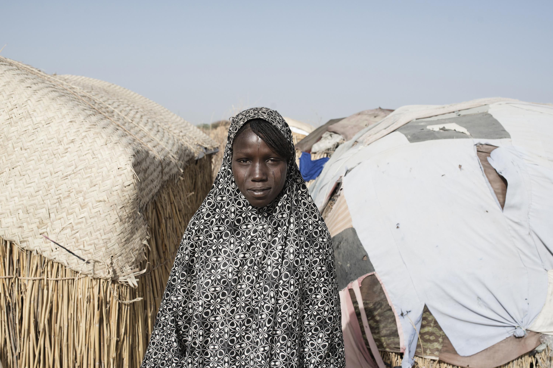 Ook in het dorpje Dileram aan het Tsjaad-meer worden mensen opgevangen die aan Boko Haram zijn ontsnapt of hun eigen dorp ontvlucht. – © Zumstein / Agence VU