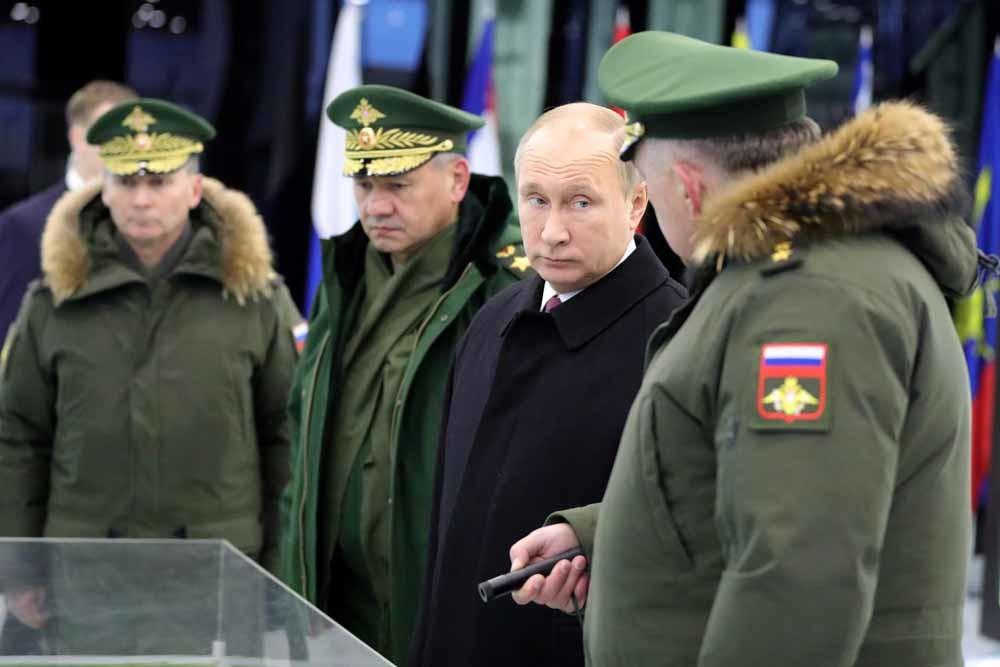 Poetin bezoekt de Peter de Grote Strategic Missile Forces Academy. – © Mikhail Klimentyev / Getty Images