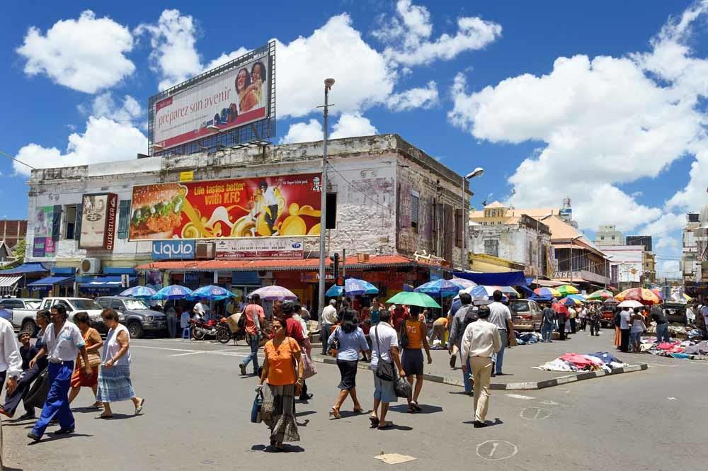 De centrale markt in Port Louis, de hoofdstad van Mauritius. – © Jean-Pierre / Hemis
