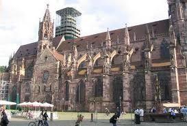 De Munster van Freiburg-kathedraal.