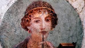 Sappho, een van de grootste dichteressen van de antieke wereld, begon haar carrière in Ionië, om te eindigen in Zuid-Italië. Het is onduidelijk of ze ooit op het Griekse vasteland is geweest.