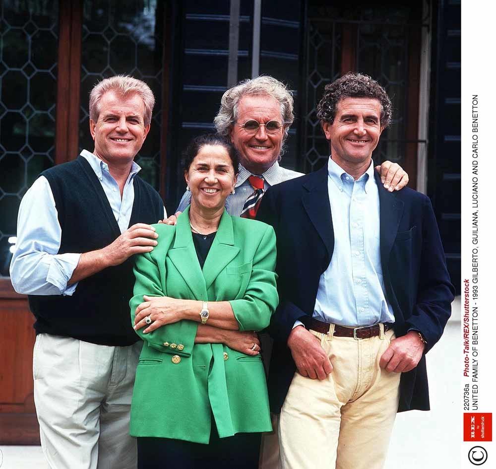 De Benetton-clan in 1993, met vlnr: Gilberto, Guiliana, Luciano en Carlo. © REX/Shutterstock