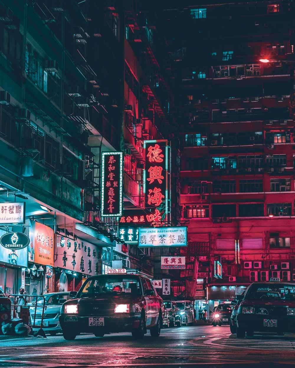 In de Shanhe-buurt in Shenzhen hangen veel jonge mannen op straat en in internetcafé's, af en toe hebben ze losse baantjes. © Sean Foley / Unsplash