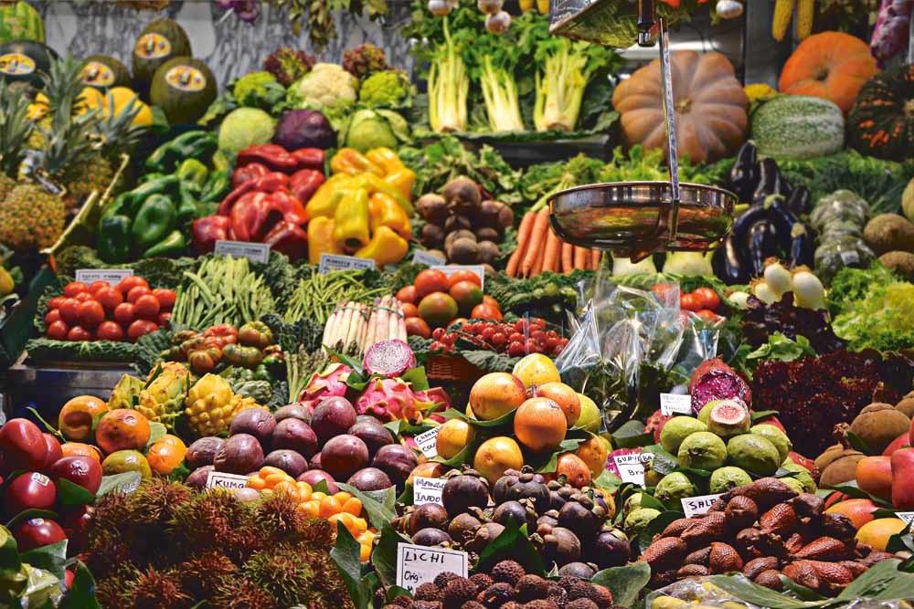 Sinds de jaren zestig eet men in Japan meer dierlijke producten, minder groente en veel meer suikers. – © Unsplash