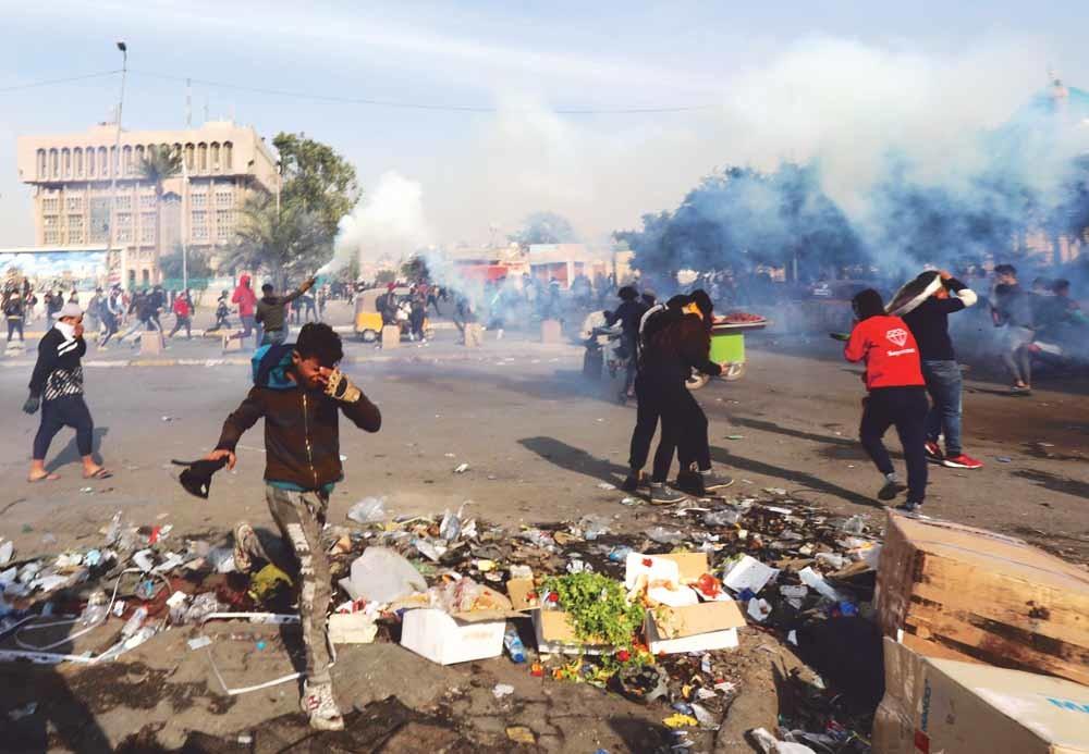 Demonstranten op het Tahrir-plein in Bagdad, 28 januari 2020. De sjiitische leider Muqtada al-Sadr riep zijn volgelingen op om te protesteren tegen Amerika, maar daar werd geen gehoor aan gegeven.© Khalil Dawood /HH