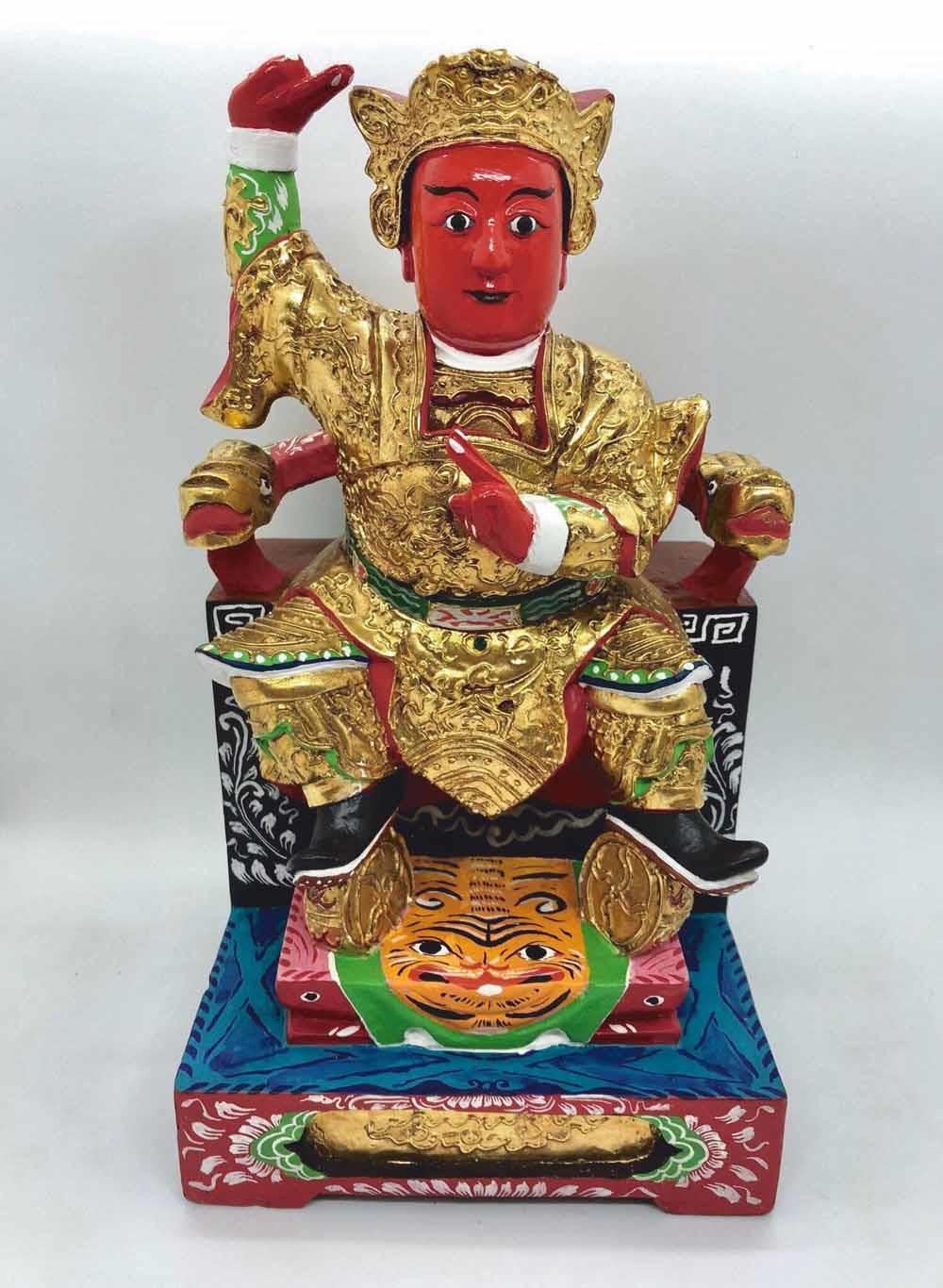 v.l.n.r. Tian Du Yuan Shuai, Guan Yin, Guan Gong (God van de oorlog), Xuan Wu (Donkere Krijger), Ne Zha (Derde Prins)