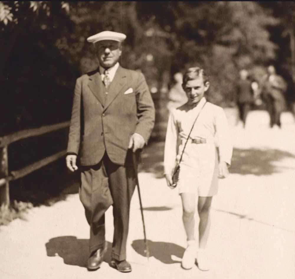 Walter Arlen en zijn grootvader Leopold Dichter in Bad Gastein, 1933.