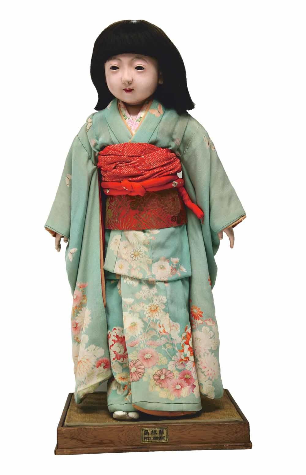 Een Japanse vriendschapspop uit de collectie van het Children's Museum in Indianapolis. © Daniel Schwen
