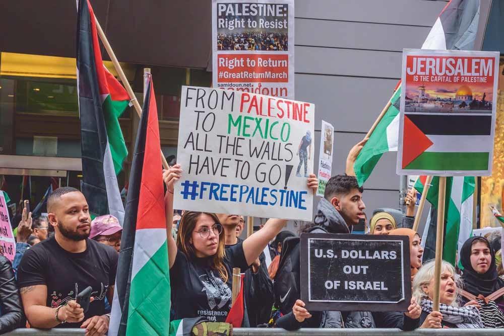 Een pro-Palestinademonstratie op Times Square in New York.© Erik McGregor / Getty