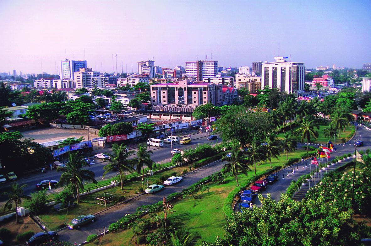 Upscale Victoria Island, een van de disctricten in Lagos, de grootste stad in Nigeria met 12 millioen inwoners. –© Getty