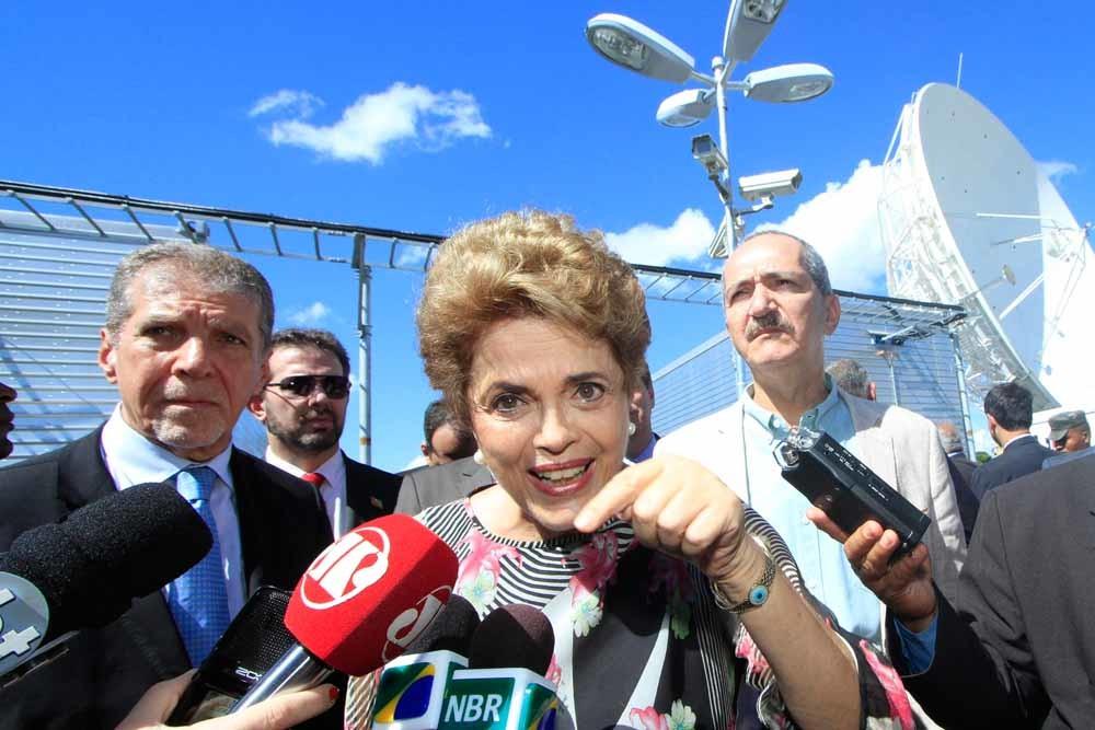 Dilma Rousseff en haar partij zijn door corruptie en economische tegenslag  bijzonder impopulair geworden. – © Sergio Kremer / Getty