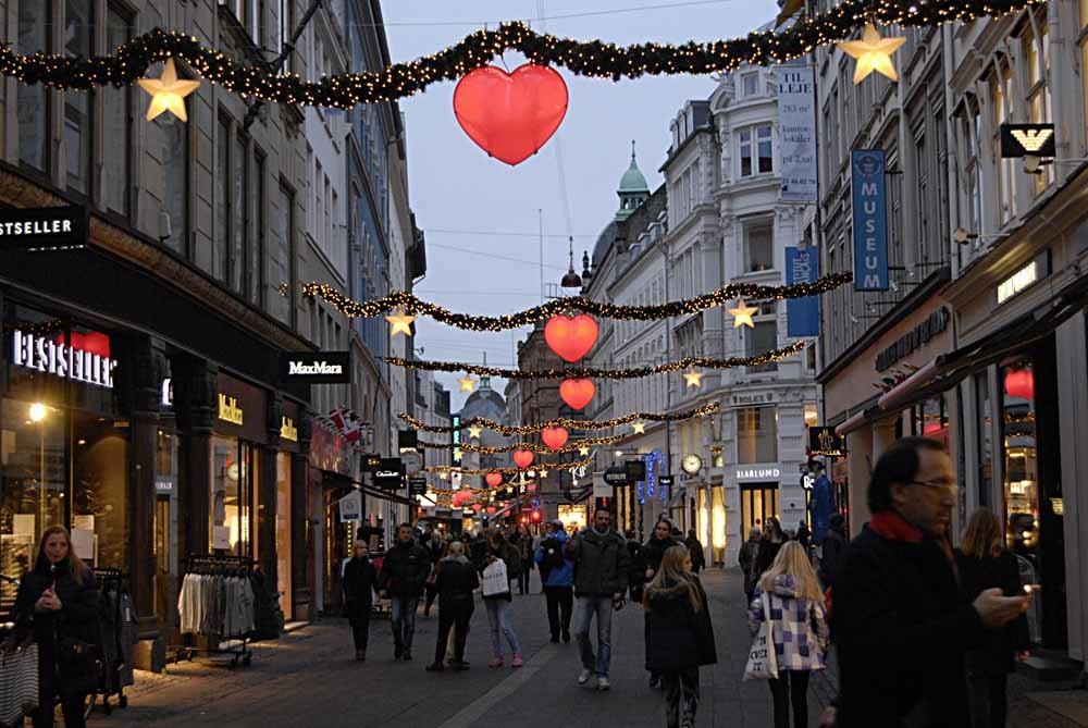 Kopenhagen, stad van 'mooie lange slanke vrouwen en knappe blonde mannen'. – © Francis Dean / Getty Images